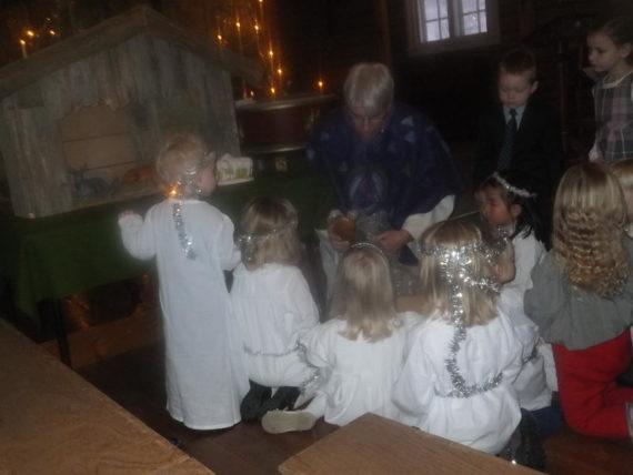 koselig adventsstund i Vallset kirke